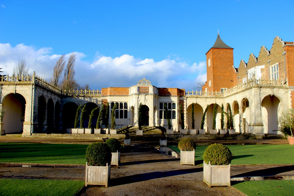 Holland Park: Weekend Travel Flash
