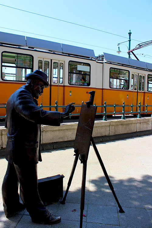 art and tram budapest