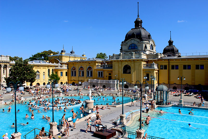 Széchenyi Thermal Baths Budapest – a Photo Essay