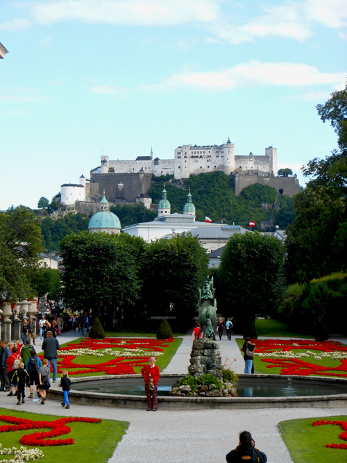 the-sound-of-music-mirabell-gardens-and-fortress