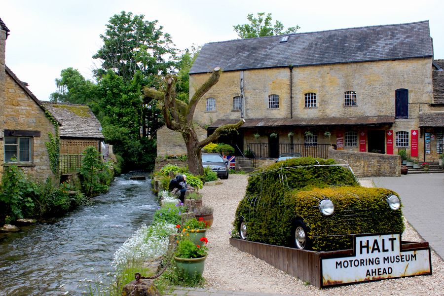 Bourton-on-the-Water Cotswolds