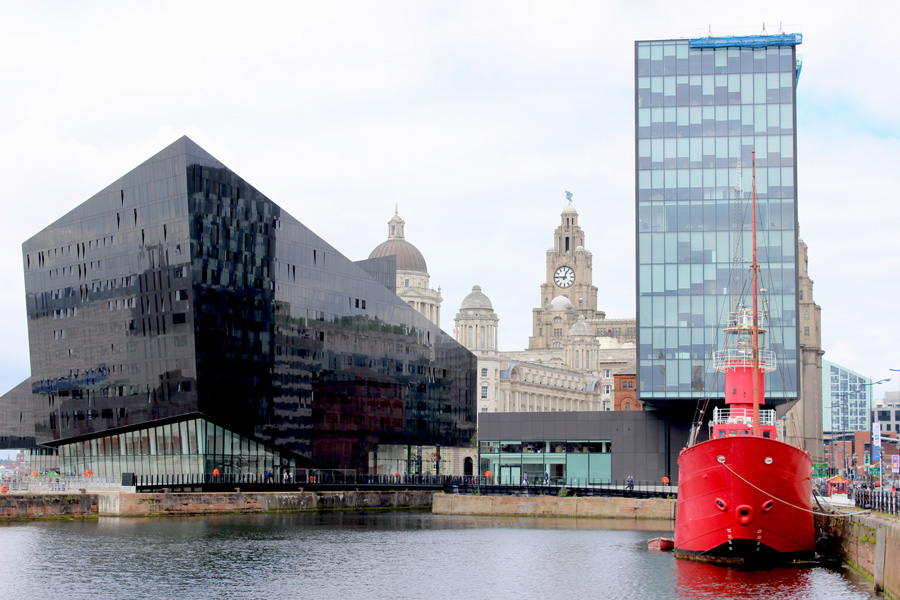downtown liverpool - a photo essay