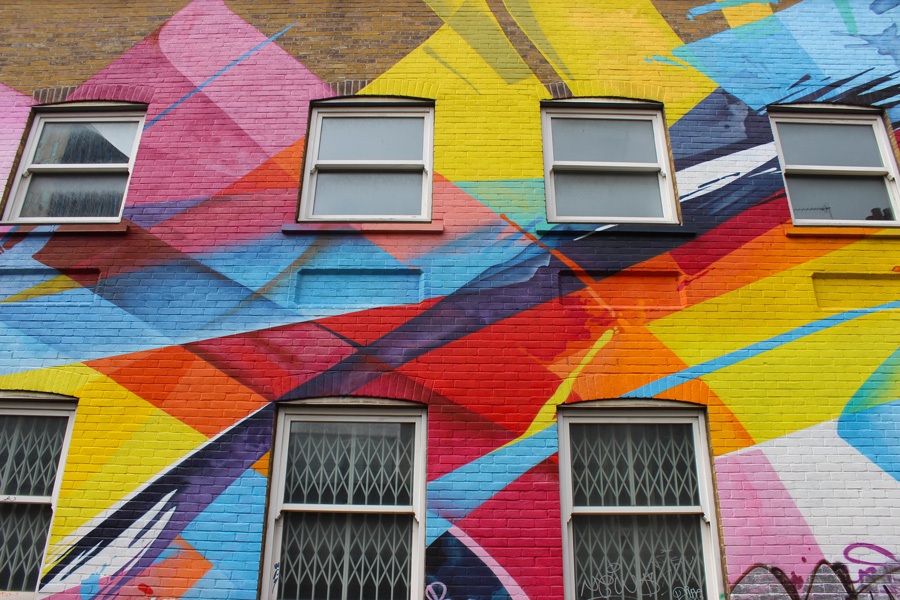 Shoreditch-colourful-mural