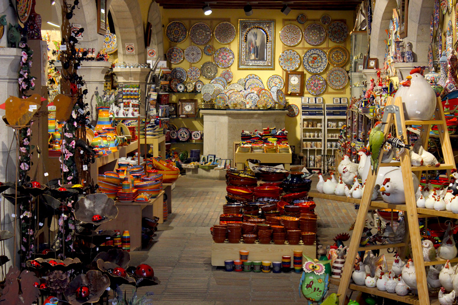 Girona-souvenir-shops-looking-charming