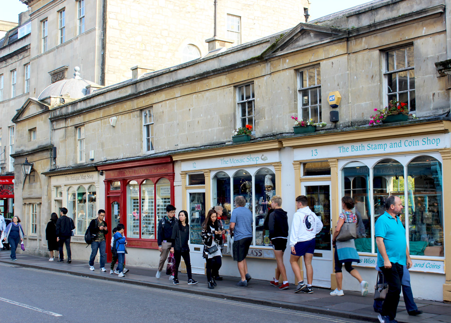 Pulteney-Bridge-Shops