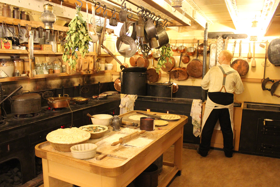 SS-Great-Britain-kitchen